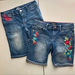 Lot of 2 girls' jean shorts